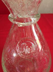 superbe carafe a eau en verre avec bulles