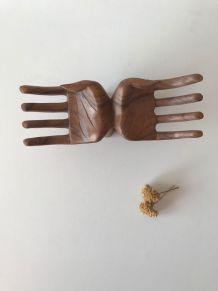 Mains en bois années 70, porte bijoux ou bague, vide poche