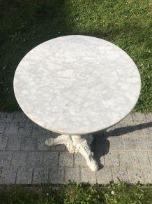 Table guéridon bistrot pied fonte plateau marbre