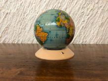 Tirelire vintage forme globe terrestre