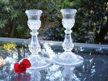 Bougeoir en verre, chandelier en cristal, porte-bougies.