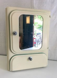 Armoire de toilette métal – années 60