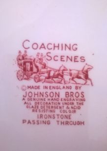Plat ovale en faïence anglaise côtelée Johnson Bros