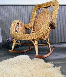 Rocking-chair rotin vintage