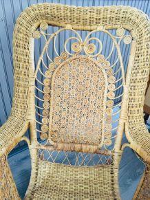 Rocking-chair rotin vintage