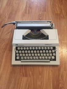 Machine a écrire contessa 2 de luxe