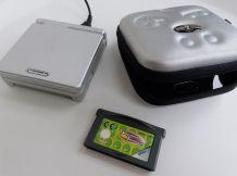 Nintendo Game Boy Advance SP Silver + un jeu