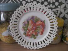 Assiette ancienne décorative