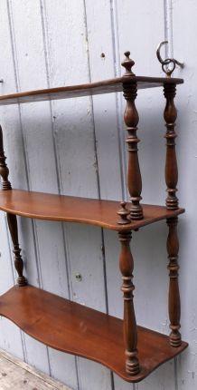 Étagère en bois tourné fin XIX