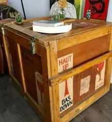 Très grande caisse, coffre, malle vintage