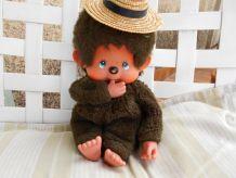 kiki le vrai 28 CM yeux bleus inscription sur le petit pied
