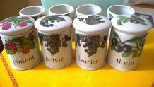 Lot de 8 pots à épice