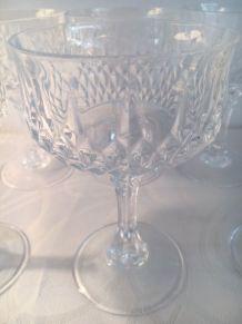 6 coupes à champagne en cristal anciennes