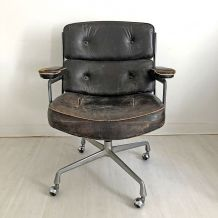 Fauteuil Time Life ES104 par Ray & Charles Eames