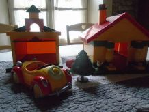 Maison et garage de Oui Oui 1980