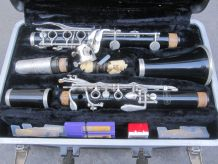 clarinette Selmer Bundy resonite avec valise