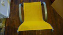 Chaise d'enfant en toile