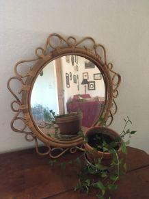 Grand miroir rond des années 60/70.