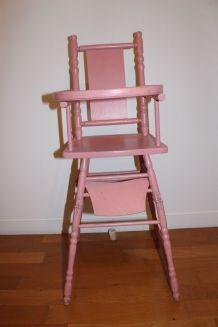 ancienne chaise haute pour poupées