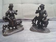 Paire de statuettes en régule du XIXème siècle