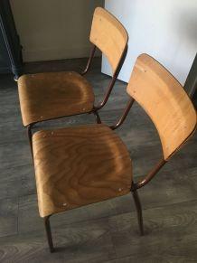 Duo de chaises écoliers vintage en bois