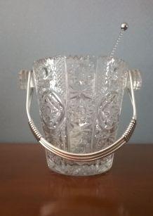 Seau à glace années 1960 en verre ciselé avec sa cuiller