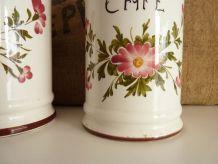 2 pots en céramique, Sucre et Café, estampillés Susy