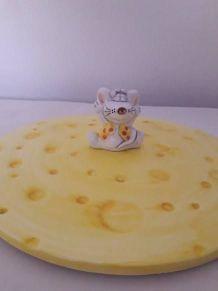Original plat à fromage en céramique
