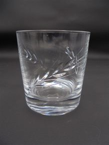 3 verres à whisky en cristal