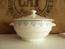 Ancienne soupière en céramique Digoin Sarreguemines