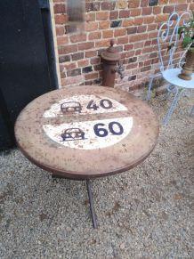 Table panneau de signalisation retro