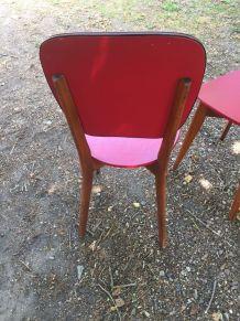 Paires de chaises vintage rouge skai et bois, années 60