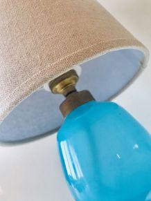 Lampe opaline bleue et abat-jour lin