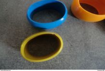 Lot de 5 Ronds de serviettes des années 70 en plastiques