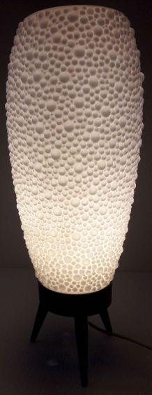 Lampe tripode des années 1960,