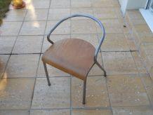 chaise enfant type industriel vintage
