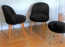 chaises moumoutte noires