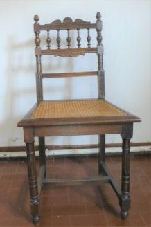 6 chaises style Henri 2