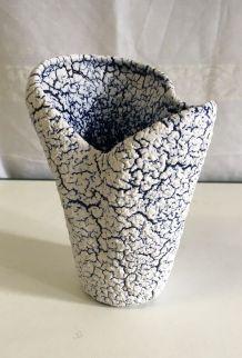 Vase blanc et bleu « fat Lava » – années 60