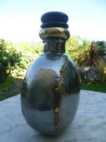 Gourde artisanale métal poli Rajasthan XXème