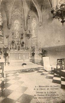 carte postale n et b chapelle tombeau MB Soubirous