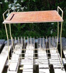 Table porte vinyle le métal