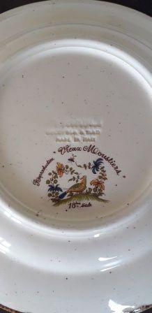 Assiette Vintage reproduction Vieux Moustiers 18 éme siécle