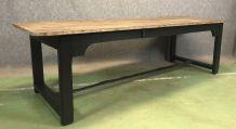 Table de ferme piétement noir -  début XXème