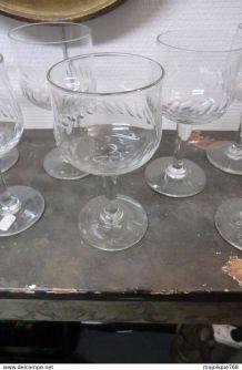 10 Ancien  verres à eau en verre