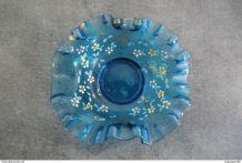 Ancienne coupe vide poche en verre émaillé bleu dentelée