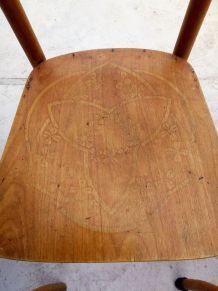 3 chaises en bois courbé