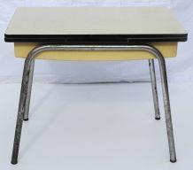 Table à rallonges en formica