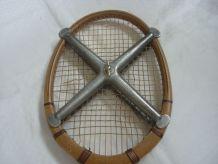 Raquette de tennis vintage Aigle