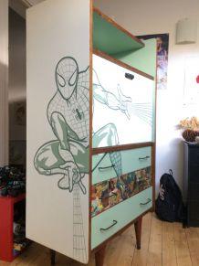 Bureau Spiderman